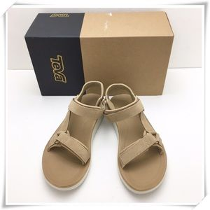 NWT Teva Original Universal Premier-Leather Sandal